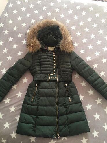 Jakna sa prirodnim krznom - Srbija: Zimska duža jakna sa prirodnim krznom
