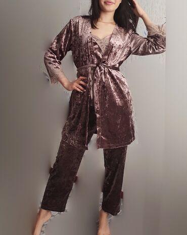 Пижама- ЧЕТВЁРКА из переливающегося велюра с элементами кружева