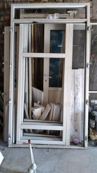 Окна, двери - Бишкек: Куплю б/у окно и двери пластиковые брон межкомнатные демантаж