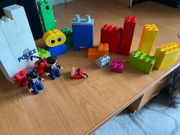 detskie igrushki lego в Кыргызстан: Оригинальные фигурки LEGO (полицейский участок ) Состояние - как