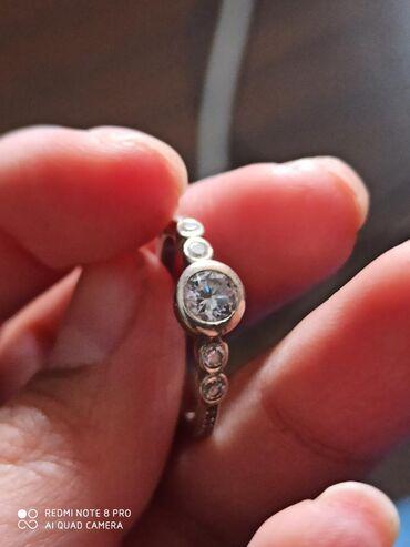 Продам серебряное кольцо 925 пр. Размер 16-17