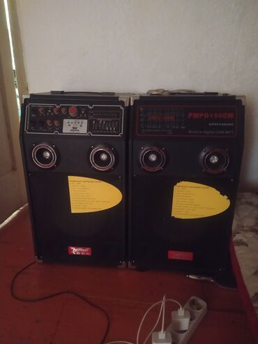 Электроника - Кызыл-Туу: Продаю срочно калонки отличным состояние прошу 7000тыс эсли что