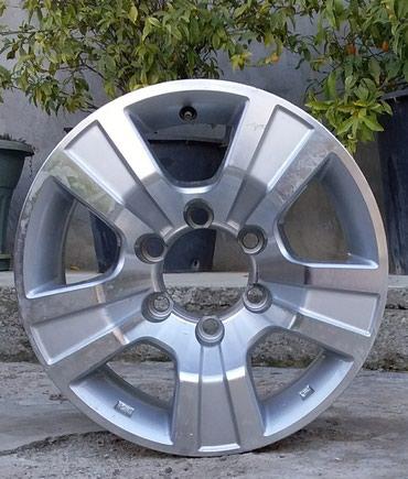 Şəmkir şəhərində Nissan Navara üçün 4 ədəd disk. orta qapaqları yoxdur.  disklər