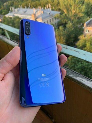Б/у Xiaomi Mi 9 128 ГБ Синий