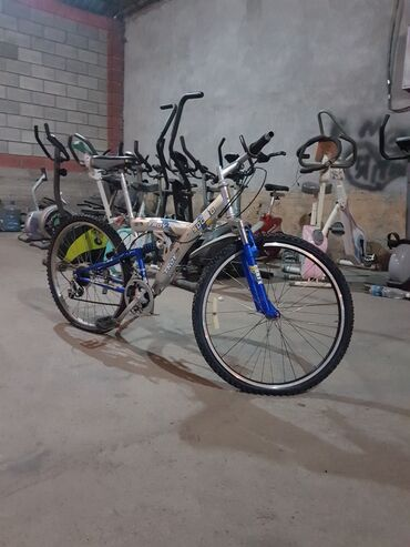 Срочно!!!Срочно!!! Продаётся корейский оригинальные велосипед с двумя