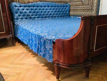 Двуспальная кровать, производство Румыния, чистое дерево, б/у