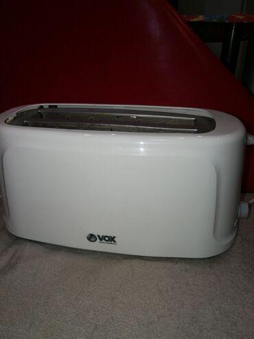 Tosteri - Srbija: Toster Vox elektronik. Mislim da četri sendviča može. 30cm je širina