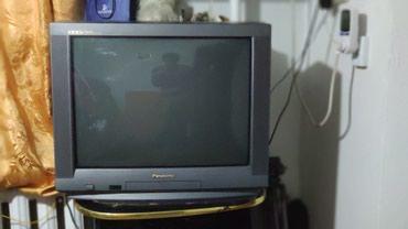 Японский телевизор Panasonic 70см большой, в Бишкек