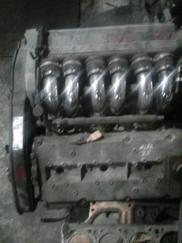 alfa romeo 147 2 mt в Кыргызстан: Alfa Romeo двигатель 2.5 бензин рулевая рейка коробка передач