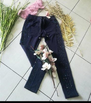 Pantalone savršene Sa cirkonima Novo vel S M