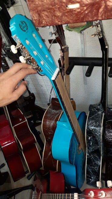 gitara klassik - Azərbaycan: Gitara klassik 4 4 olcude