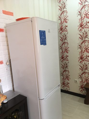 Срочно!!!Продаю холодильник! в Бишкек