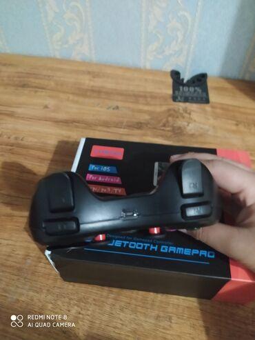 геймпад для гонок в Кыргызстан: Срочно продаю геймпад пользовался 2 дня коробка все есть в комплекте