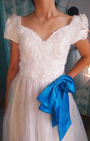 samsung 42 lcd в Кыргызстан: Роскошное свадебное платье. 42 - 44 размер