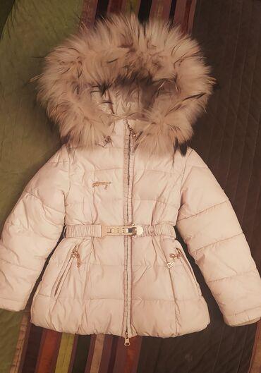 Детский мир - Токмок: Зимний пуховик на девочку 3.5-5 лет б/у- 1700сом. Качество отличное