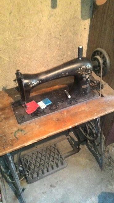 швейная машинка зингер цена в Кыргызстан: Швейная машинка Зингер 1913 года, в рабочем состоянии