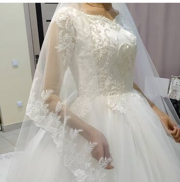 Личные вещи - Чаек: Продаю очень нежное и воздушное свадебное платье. Надевала один раз. В