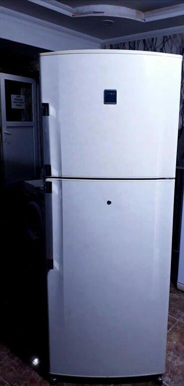 Электроника - Сарай: Б/у Двухкамерный Белый холодильник Sharp