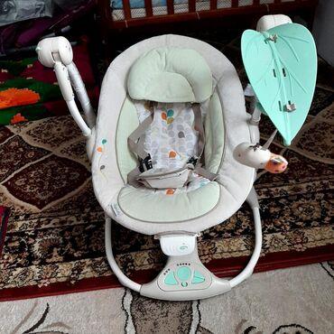 шезлонг для грудничков в Кыргызстан: Шезлонги электрические.Музыкальное сопровождение.Несколько режимов