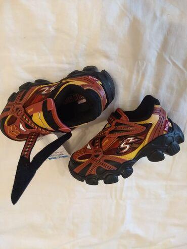 Мальчиковые кроссовки, на 5-6 лет, 1600 сом, (USA). Марвел Железный че