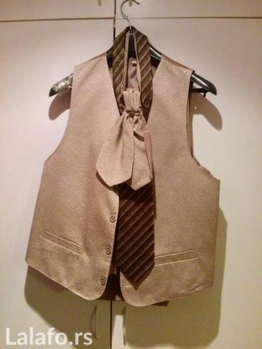 Odelo musko (kravata, mašna,prsluk)tanko,izuzetno prijatno za nošenje. - Vrsac