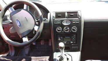 Ford Mondeo 1.8 л. 2003