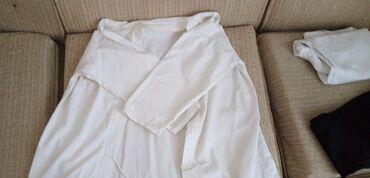 Sport i hobi - Futog: Kimono je 800 din a sa pojasevima 1400 din