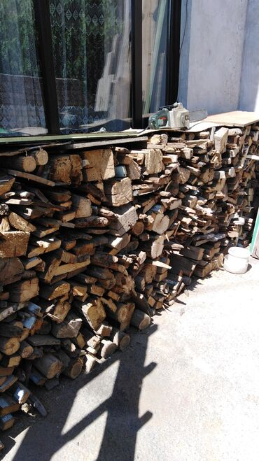 stekljannye-banki-1-l в Кыргызстан: Продаём готовые дрова 1 портер