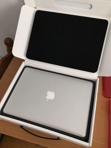 Apple - Azərbaycan: Noutbuk ozumundur, Yenidir, chox az istifade olunub. Hech bir cizigi
