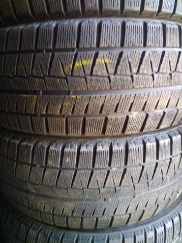 215/55/17 пара Bridgestone липучка. 50-60%. в Бишкек