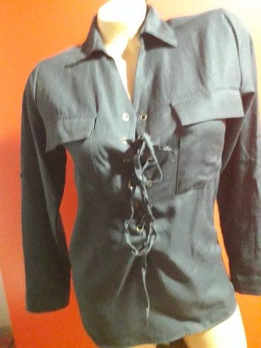 Košulje i bluze - Arandjelovac: Kosulja crna sa podesivim rukavima ram.38 pol.grudi 45 duzina 64