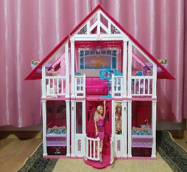 деревянные игрушки буратино в Кыргызстан: Продаю кукольный домик Барби  Купили в Италии