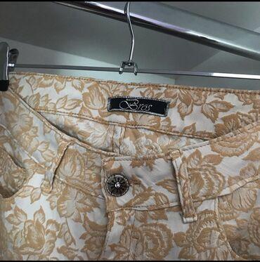 Bros dzins pantalone sa radom  Atrakrivne i udobne  Ocuvane  Velicina