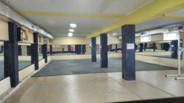 Сдаю помещения 250 м2 по трассе с. маевка.тел; в Бишкек