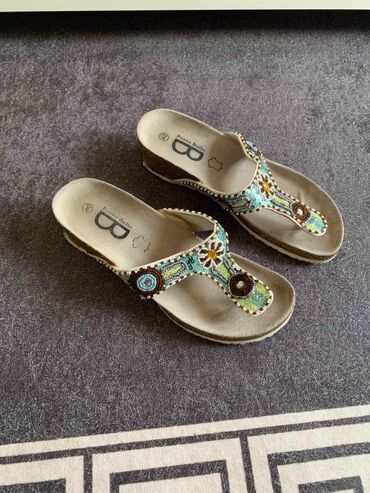 Papuce iz pariza - Srbija: Papuce kao Grubin, donete iz Svajcarske. Velicina 40, u dobrom stanju