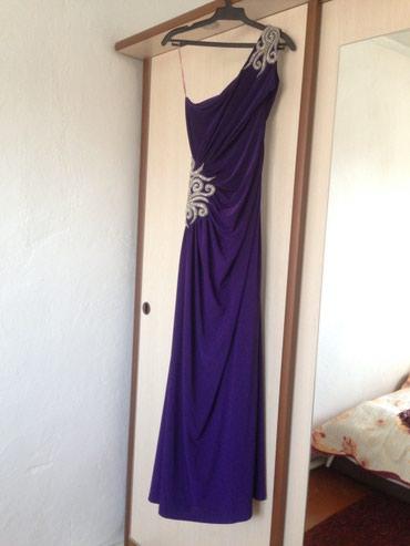 Вечерние Платья дорогие , надевали 1-2 в Бишкек