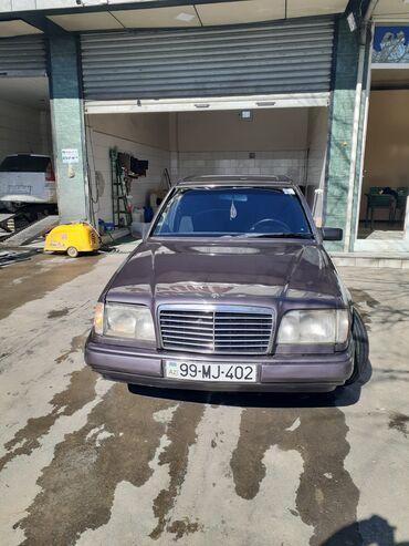 Mercedes-Benz E 230 2.3 l. 1992   4500000 km