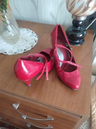 Туфли лакированные,37р.за120с. в Чолпон-Ата