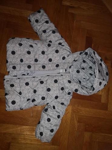 GAP, zimska jakna (jako kratko nosena), vel. 18-24 mes - Crvenka