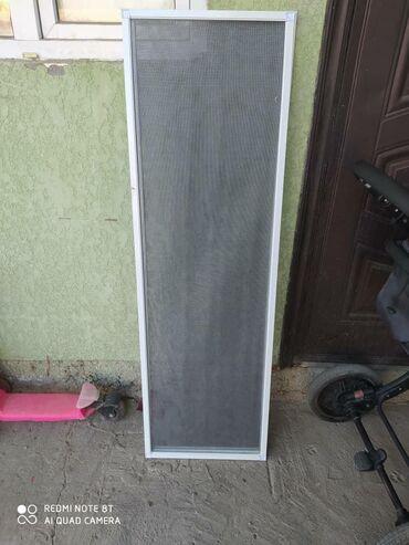 stekljannye-banki-1-l в Кыргызстан: Продаю сетки на окна, размер длинна 140*43 новые!!!!! Есть 3 штуки