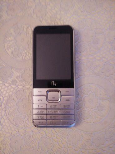 fly iq455 в Азербайджан: Fly DS133 telefonu. Seliqeli qalub. Iki kartlidir, biri qeydiyyat