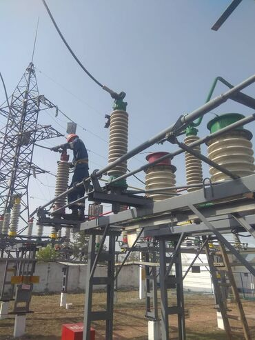 Услуги - Кемин: Электрик   Установка счетчиков, Демонтаж электроприборов, Монтаж выключателей   Больше 6 лет опыта