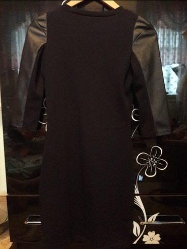 Платья с кожаными вставками размер s в Баткен