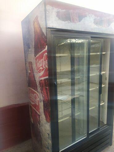 витринный холодильник купить в Кыргызстан: Б/у Холодильник-витрина Красный холодильник Liebherr