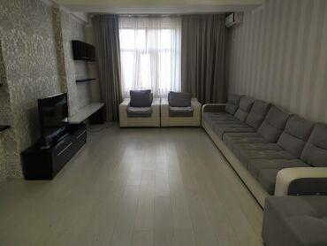 студия комната в Кыргызстан: Сдается квартира: 3 комнаты, 100 кв. м, Бишкек