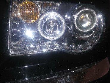 Автозапчасти в Кербен: Продаю фар на крайслер с300
