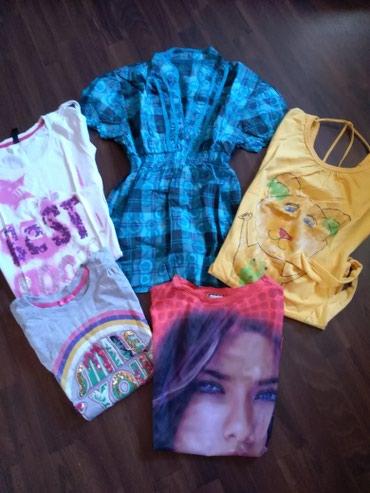Pet ženskih majica odlično očuvanih. Veličina M. - Ruma