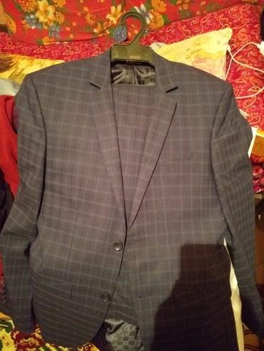 Продаю новый мужской костюм , носил один раз. размер 44/46. цена 6500 в Бишкек
