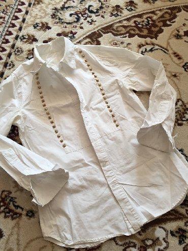 tufli valentino original в Кыргызстан: Продаю классную рубашку под Valentino