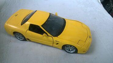 Avtomobil modelləri | Srbija: Maisto Chevrolet Corvette Thailand, naprslo staklo